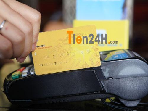 rút tiển thẻ tín dụng