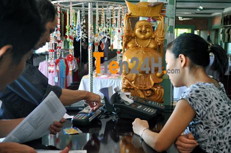 rút tiền thẻ tín dụng