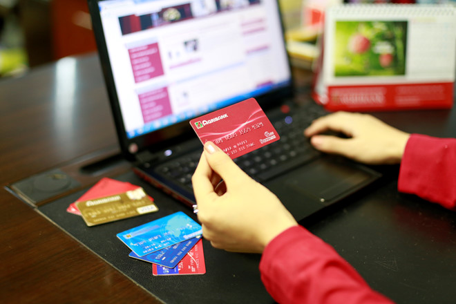 Thẻ Visa liên kết Shopee bị mất tiền không rõ lý do